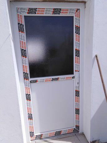 Instalação portas