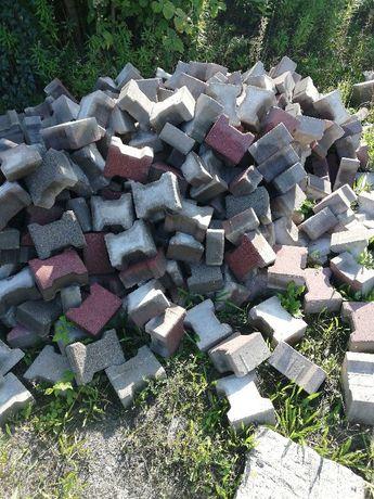 Kostka brukowa cementowa motylek behaton