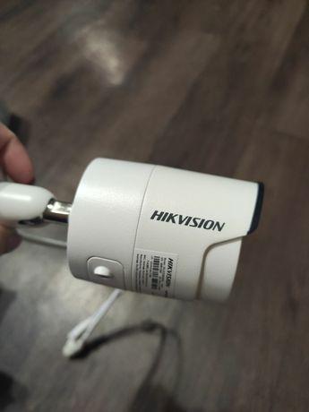 Видеокамера IP Hikvision
