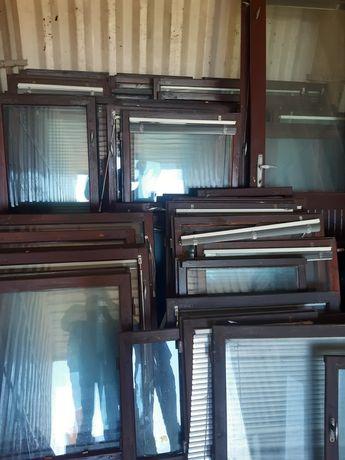Okna drewniane z żaluzjami 100szt
