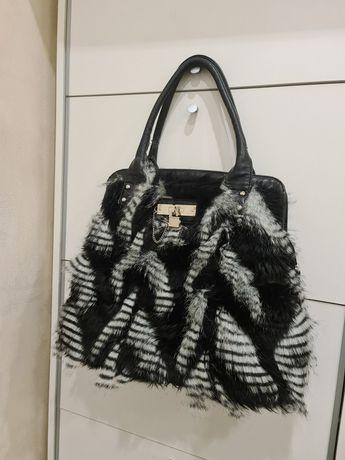 Женская удобная сумка