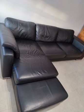 Sofá com chaise longue em pele