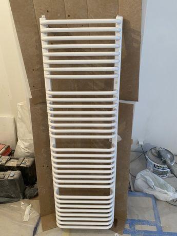 Grzejnik łazienkowy 50cmx160cm z termostatem