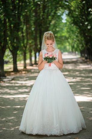 Свадебное платье от Rozmarini