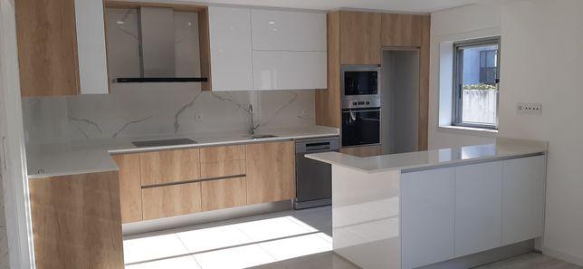 Vende-se apartamento T2