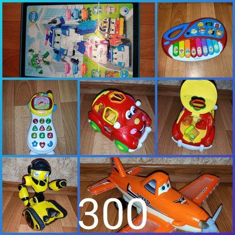 Розвиваючі іграшки на батарейках