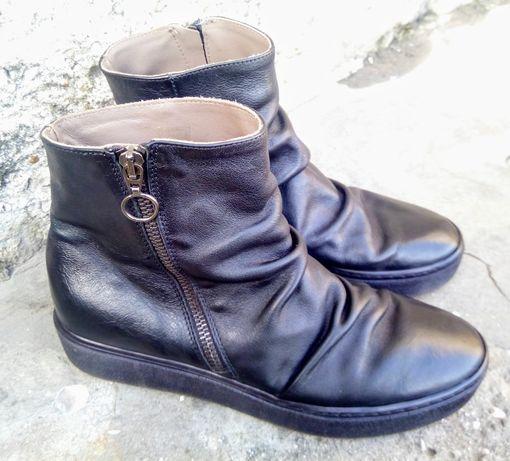 Ботинки кожаные, демисезонные, женские 38 р-р, 24,5 см. по стельке.