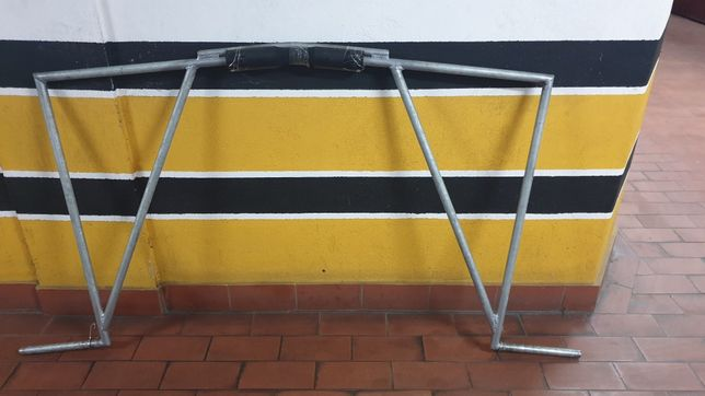 Barra de agachamento (protótipo) bola pilates e corda saltar