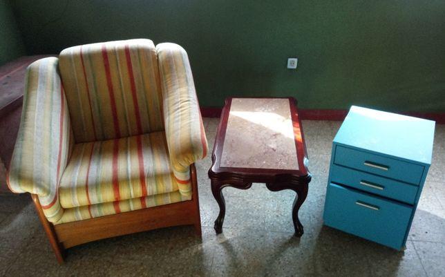 Sofá 1 lugar em madeira maciça Cerne + mesa + cómoda