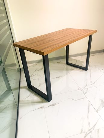 В продаде новый стол лофт