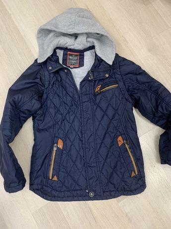 Куртка 150 грн