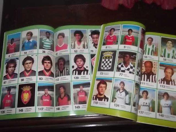 108 Cromos  FUTEBOL 84/85 (2 Revistas ÍDOLOS DESPORTO)Ag.Port.Revistas