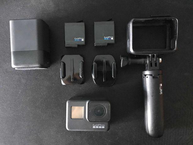 GoPro 7 Black com acessórios