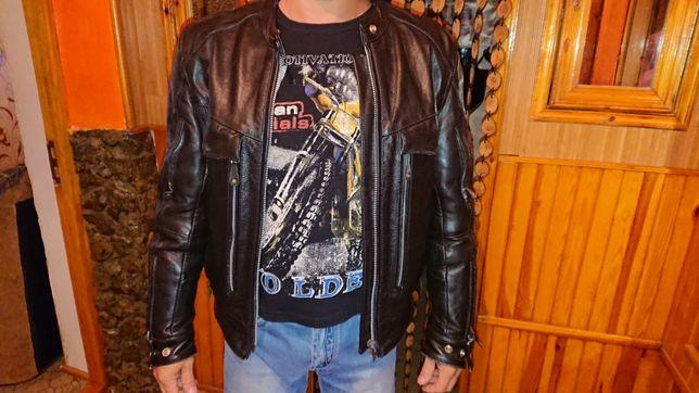 Продам кожаную байкерскую куртку