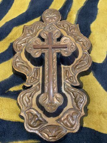 Крест из дерева