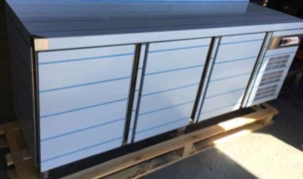 Balcão de Refrigeração Industrial de 3 Portas NOVO