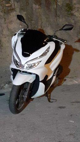 Honda Pcx 9000 km ano 2019