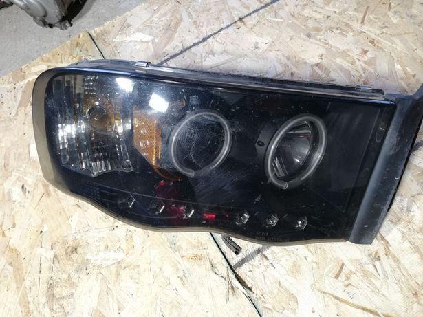 Lampa Dodge RAM PRAWA