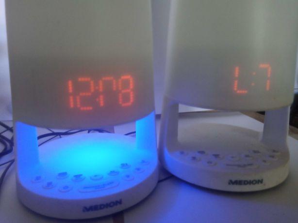 Radio budzik z lampką nocną i nastrojowa