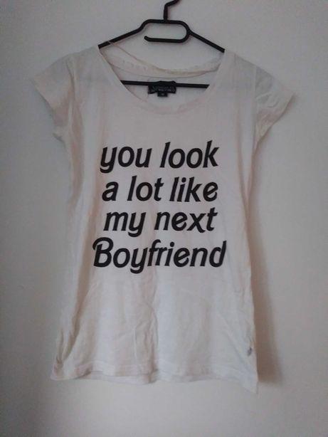 Biała bluzka dzięki której znajdziesz miłość