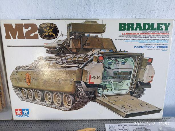 модель сборная BRADLEY 2