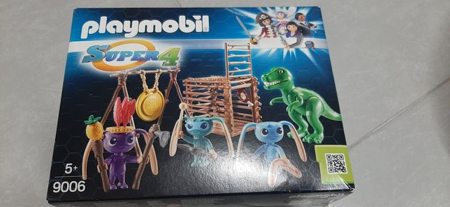 Playmobil Super 4 Wojownicy Alien Z Pułapką Na T-Rexa 9006   Nowy
