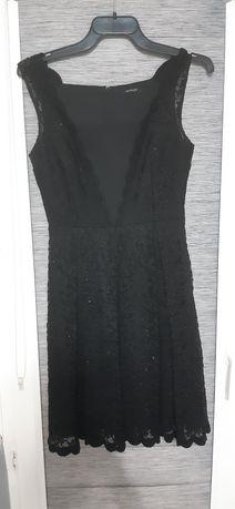 Czarna mieniąca się sukienka ORSAY