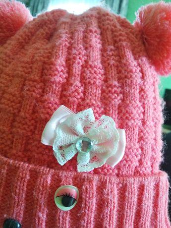 Теплая шапка для девочки 1,5-3 года.