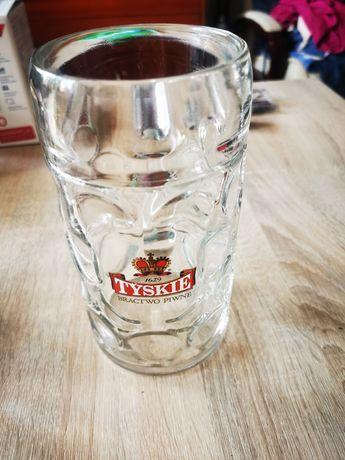 Litrowe kufle do piwa solidne