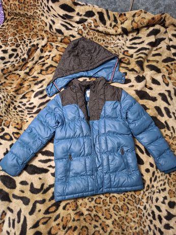 Зимняя куртка на мальчика на 146 см