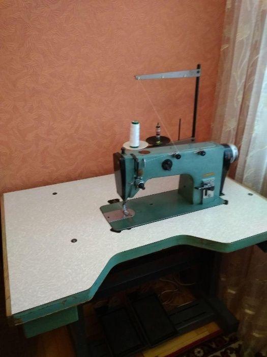 Продам швейну машинку 1022M класу Тернополь - изображение 1
