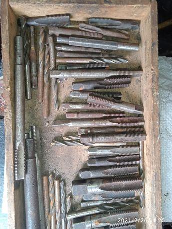 Метчики СССР от 12 до 24 мм шаг разный