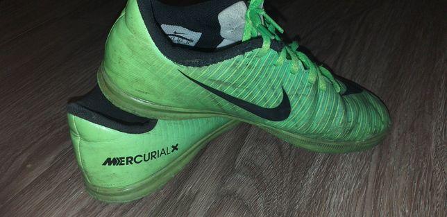 Футзалки. Nike Mercurial x