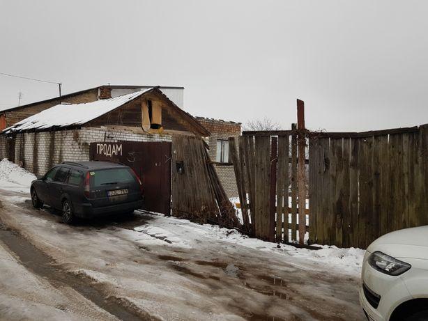 Голосеевский р-н, ул. Псковская 19, участок правильной формы 10 соток