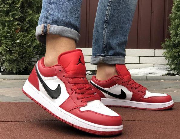 Новая Почта! Кроссовки Nike!Прекрасные!