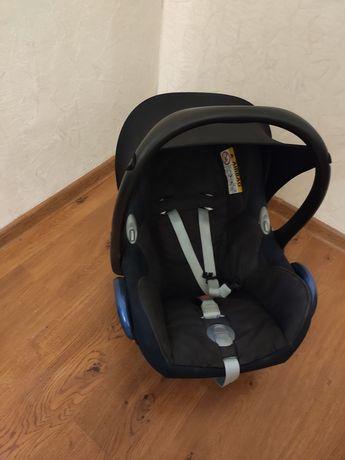 Автолюлька автокресло maxi cosi carbiofix + вкладыш для новорожденных