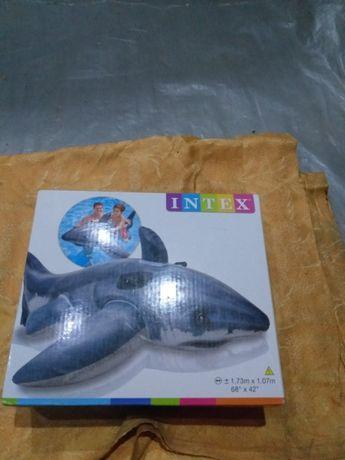 надувная акула интекс 1.73 х1.07