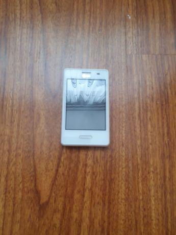 Телефон LG-E430