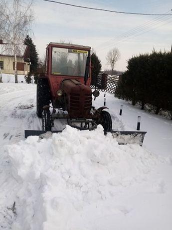 ursus c 360 c 4011 z pługiem do śniegu