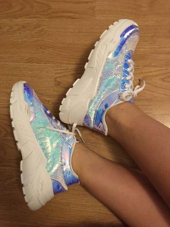 Buty sneakersy wysoka podeszwa białe świecące buty sportowe srebrne