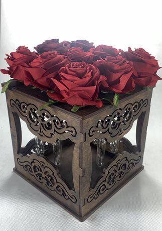 Flower box z drewna , walentynki , urodziny , niespodzianka , kobieta