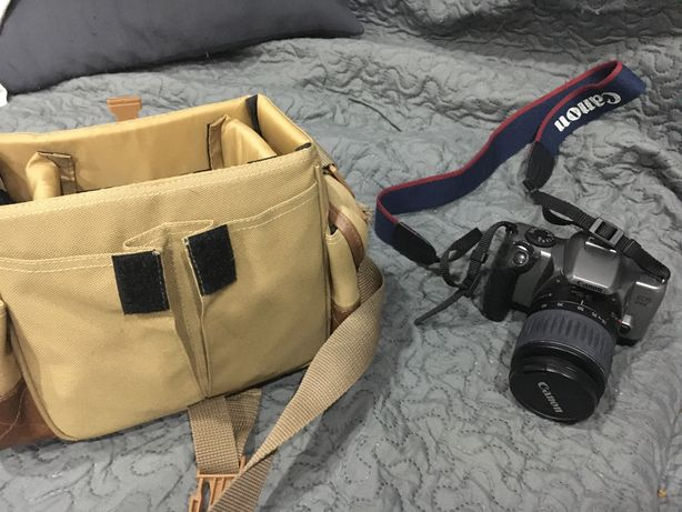 Maquina fotografica Canon com mala e acessorios