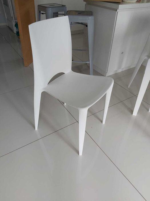 Sprzedam białe krzesła Będzin - image 1