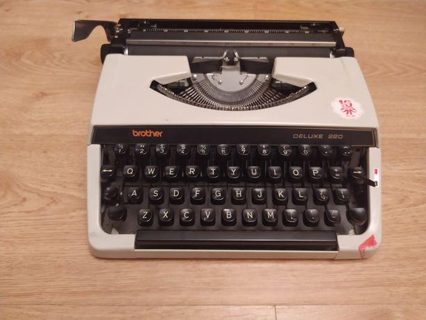 Maszyna do pisania Brother Deluxe 220
