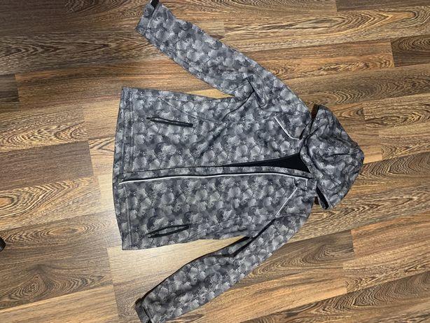Куртка ,ветровка для подростка, рост 152