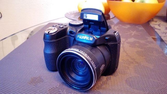 Цифровая камера FujiFilm Finepix S2940WM
