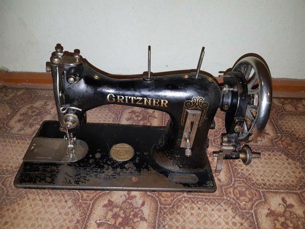 Швейна робоча машинка