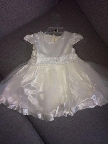 Wyjątkowa suknia dla małej księżniczki