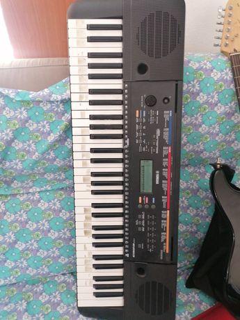 Piano yamaha como novo