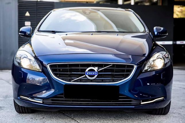 Volvo V40 D4 Full extras